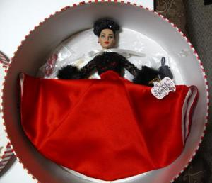 NRFB Tiny Kitty Hat Box Gift Set by Tonner