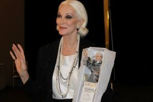 Carmen Dell-Orefice and her new portrait Tonner Doll at Tonnerdoll Blog
